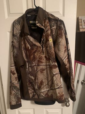 Scentblocker 1/4 zip camo shirt for Sale in Appleton, WI