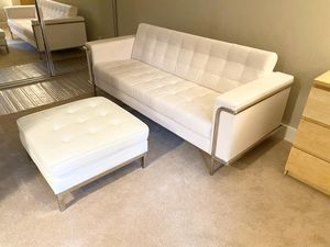 White Leather Couch for Sale in Walnut Creek, CA