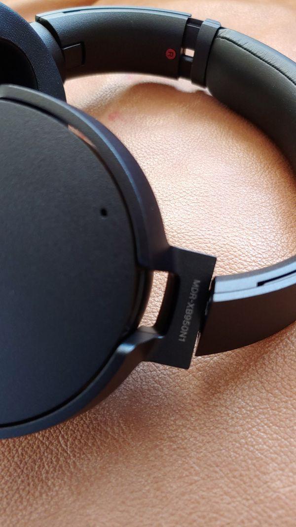 Sony MDR-XB950N1 Bluetooth headphone