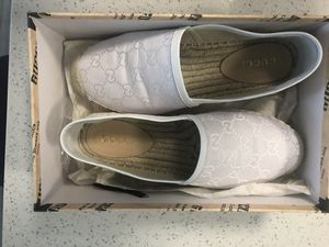 Gucci women's GG signature withe fabric/leather espadrille, size 39 for Sale in Lynn, MA