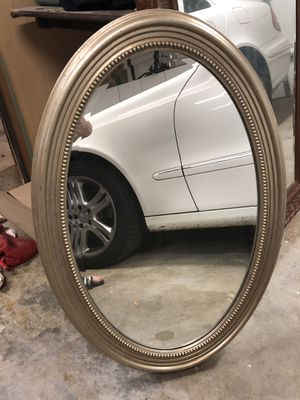 3ft tall oval wall mirror for Sale in Glendora, CA