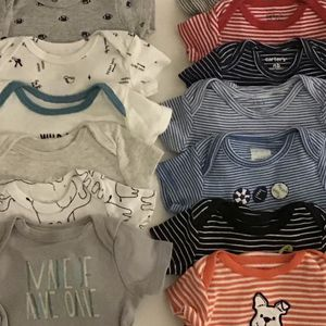 Newborn Baby Boy Clothes! Good Condition. Gently Used. No Smoking. $2 each for Sale in Los Angeles, CA