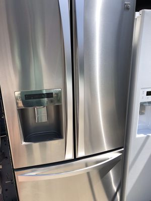 Kenmore elite amazing condition works perfect extremely clean for Sale in South Gate, CA