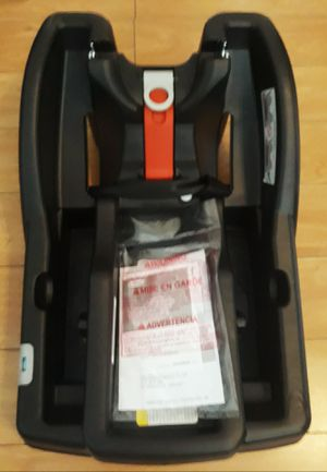 2018 brand new never used graco snugride click connect extra car seat base see pictures I'm in fontana message only when ready to pick up for Sale in Fontana, CA