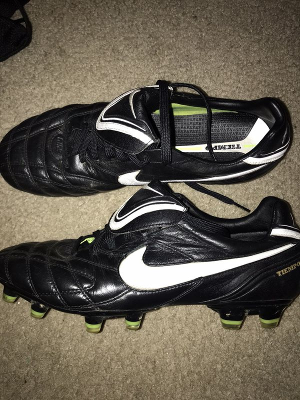 Nike Tiempo Legend Classic Soccer Cleats Size 9