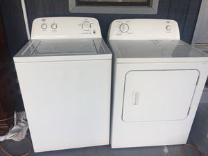 Laundry set washer and dryer like new for Sale in Kissimmee, FL
