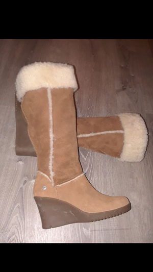 Ugg Boots NEw for Sale in Philadelphia, PA