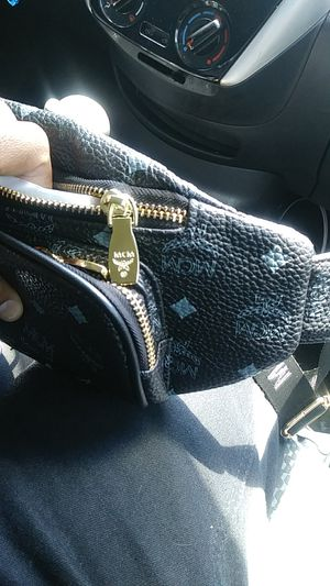Mcm fanny bag for Sale in Dade City, FL