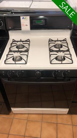 NO CREDIT!! GE Black & White Gas Stove Oven CONTACT TODAY! #1531 for Sale in Fort Washington,  MD