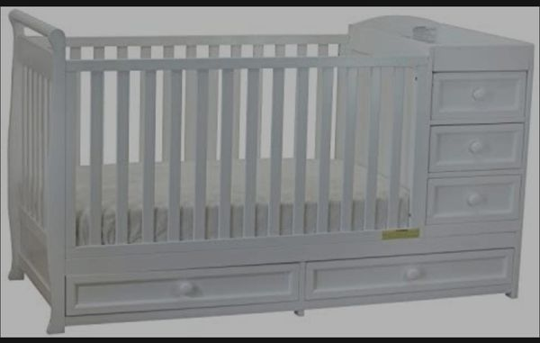 4 in One Convertible Crib
