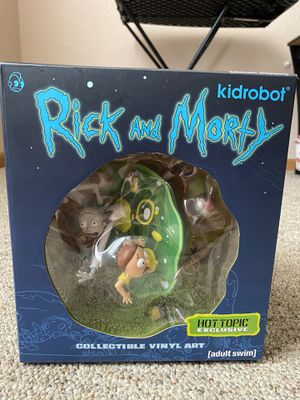 Rick and morty collectible vinyl art statue and for Sale in Pipestone, MN