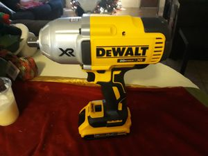 Impact wrench ½ con batería Chica 200 firme for Sale in Phillips Ranch, CA