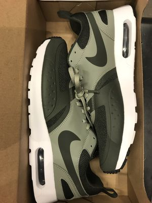 Nike airmax 1 for Sale in Tampa, FL