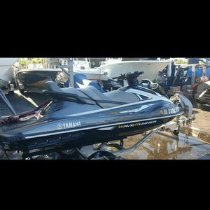Yamaha VX Cruiser Deluxe High Output 2017 for Sale in Miami, FL