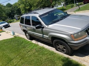 2001 Jeep Cherokee 4x4 Straight 6 Parts Only No title for Sale in Alexandria, VA