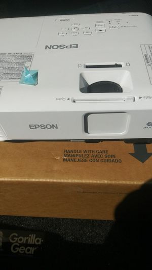 Epson projector New for Sale in San Jose, CA