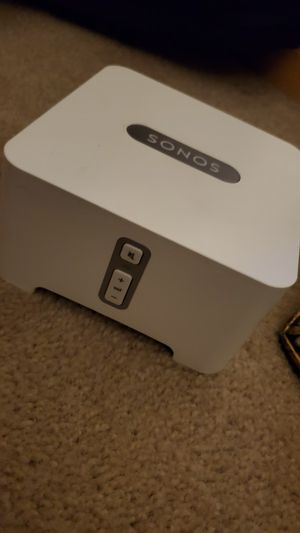 Sonos Connect ZP90 with red white connection cords for Sale in Manhattan, IL
