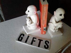 Pair of ceramic monkey bookends for Sale in Lake Worth, FL