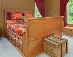 Queen Bed Frame Wood with Drawers for Sale in Monrovia, MD