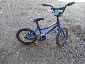 """Giant kids bike 16"""" wheela for Sale in Aurora, OR"""