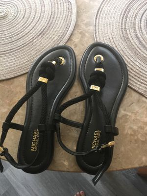 Michael kors sandals size 8 for Sale in Lincoln Acres, CA