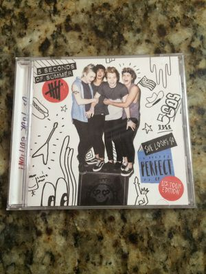 5 Seconds of Summer - She Looks So Perfect EP for Sale in Hialeah, FL