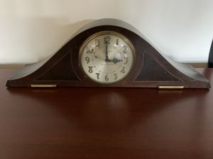 antique clock for Sale in Los Angeles, CA