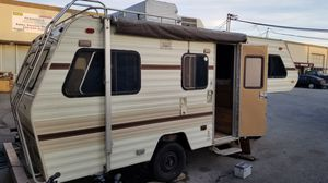 1983 Lance 19Foot Trailer For Sale 5th wheel for Sale in San Carlos, CA