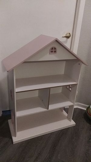 Customizable Dollhouse for Sale in Wimauma, FL
