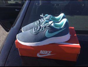 Women's Nike Tanjun Sneakers (Brand new size 9.5 for Sale in Aston, PA