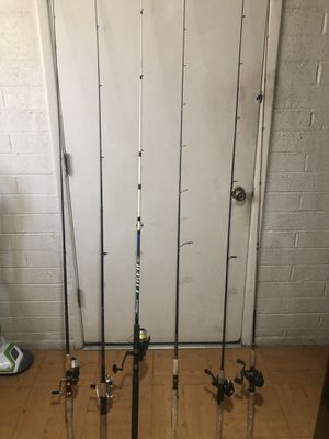 Selling my fishing equipment 3 spin rods sets and 3 bait casters 2 complete for Sale in El Mirage, AZ