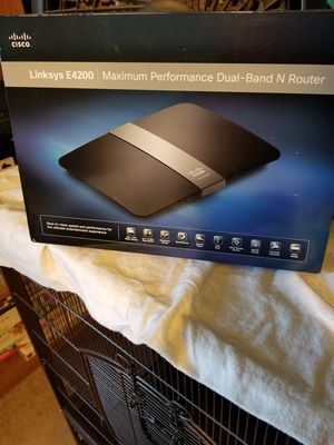 Cisco Linksys E4200 Router for Sale in Sharpsburg, PA