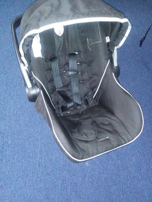 Car seat BLACK for Sale in St. Louis, MO