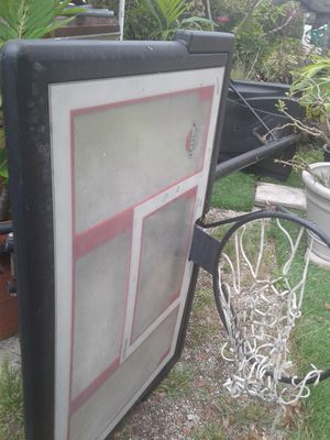 Basketball hoop portable for Sale in Miami, FL