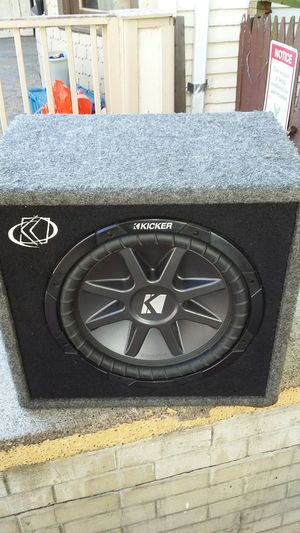 Kicker box with 12in speaker 800 W works perfect for Sale in Buffalo, NY