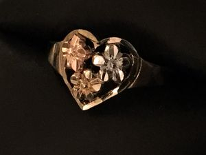 10 kt tri colored gold heart ring for Sale in Severn, MD