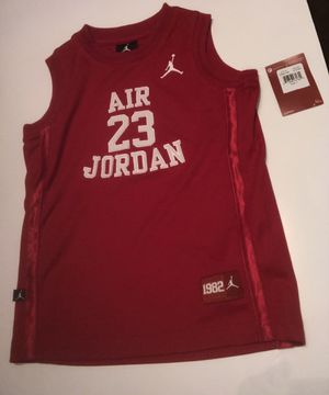 Stitched Boys Jordan Legacy Jersey Gym Red Size 7 for Sale in Zachary, LA