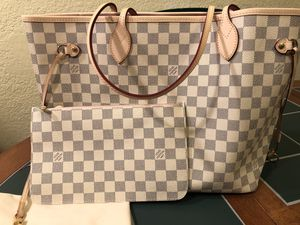 LV Neverfull MM for Sale in Tampa, FL
