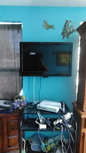 34 ' used color flat screen tv dynex for Sale in Port Richey, FL