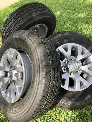 "Toyota Tacoma SR5 16"" wheels and tires brand new take offs for Sale in Fort Lauderdale, FL"