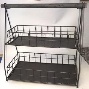 Wire/Metal Bottoms Basket 🧺 NWOT for Sale in Parkville, MD