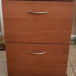 Medium Cherry Wood 2 Drawer Legal Filing Cabinet for Sale in Scottsdale, AZ