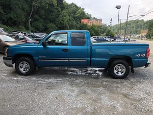 2003 chevy Silverado for Sale in Pittsburgh, PA