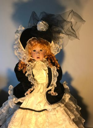 America Artists Collection Authentic Authentic Heirloom Doll for Sale in Tewksbury, MA