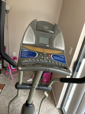 Elliptical exercise machine for Sale in Plano, TX