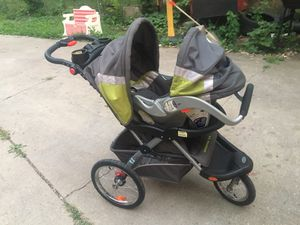 Jogger stroller for Sale in Des Moines, IA