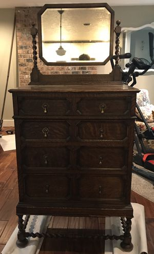 Antique dresser for Sale in Tualatin, OR