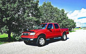 ֆ14OO 4WD Toyota Tacoma 4WD for Sale in Baltimore, MD