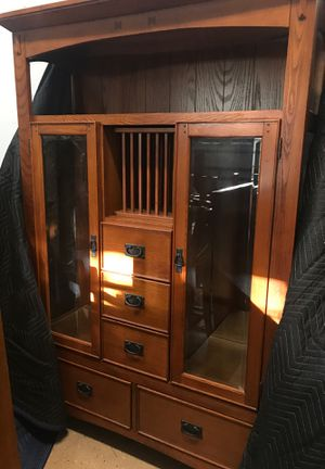 Dining room table, chairs and China cabinet for Sale in Charlotte, NC