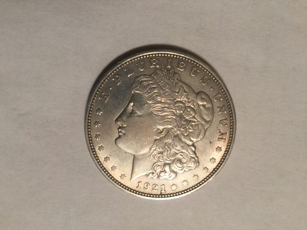 Morgan dollar 1921 excellent condition!!